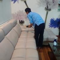 Đánh bóng ghế sofa